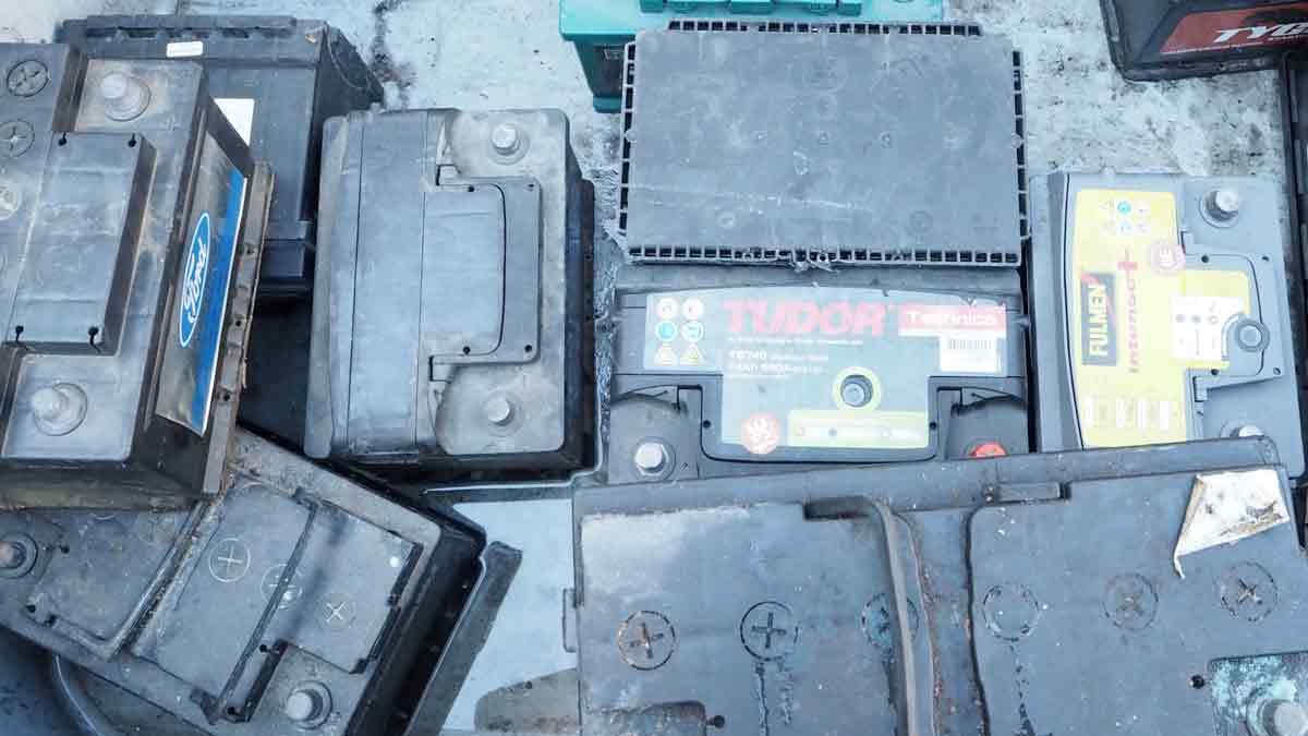 débarras récuperation batterie de voiture